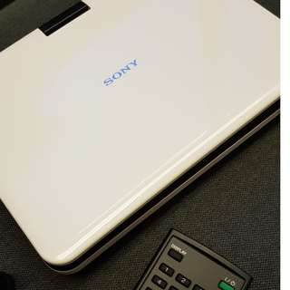 Sony DVP-FX820 8-Inch Portable DVD Player (White)