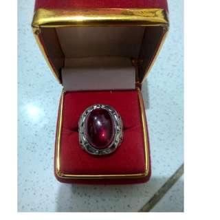 batu cincin merah siam