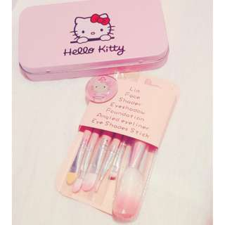 ​ Hello Kitty Make up Brush set