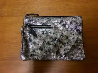 Metallic pouch