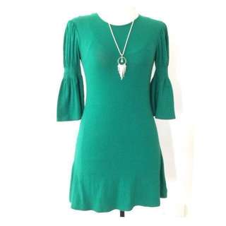 Kamiseta Green Dress • Size XS • Pre- loved •