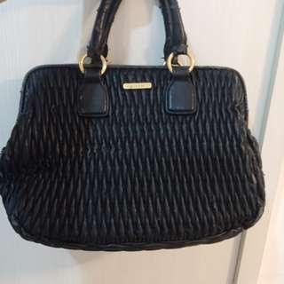 💯 Charles n keith handbag