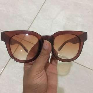 Kacamata Thailand