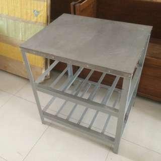 Meja stainless(kaki besi)  cocok untuk usaha restorant