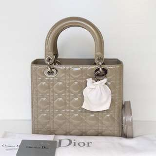 Authentic Lady Dior Medium