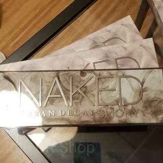 Urban Decay Naked Smoky Original 100%