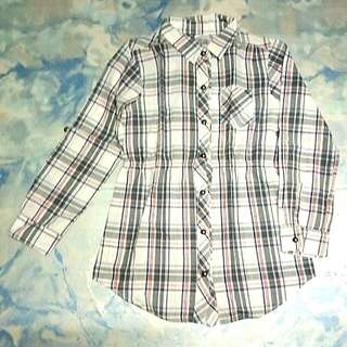 Checkered long sleeve blouse