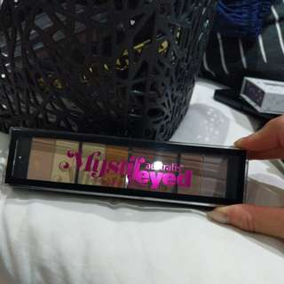 Australis Mystifeyed Eyeshadow