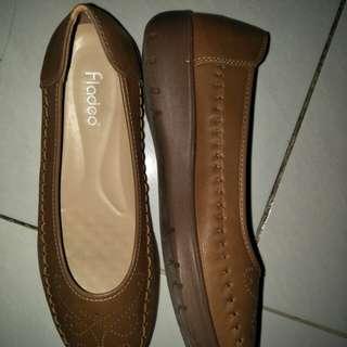 Sepatu fladeo coklat