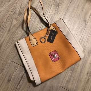 New Guess bag