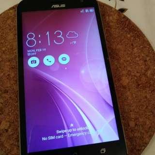 Asus Zenfone Zoom 1 (64 GB)