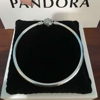 Pandora Snowflake Bangle 19cm