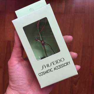 Bn Shiseido eyelash curler