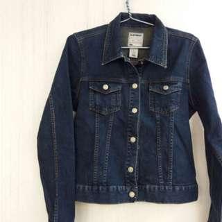 Jaket jeans biru wanita