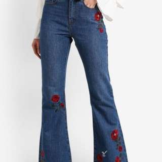 Zalia Floral Embroidery Boot-cut Jeans