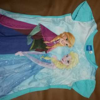 Anna and Elsa top (frozen)