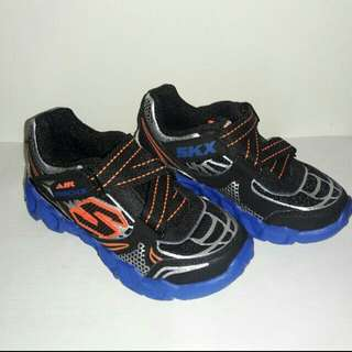 Authentic Skechers Air-mazing kids shoes