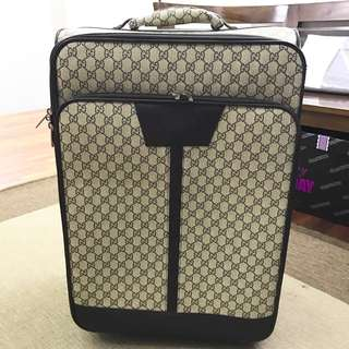 gucci luggage gred