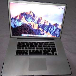"MacBook Pro 17"" Core i7 16GB memory"