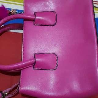 Tas pink kecil