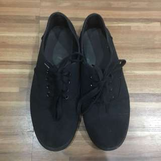 *CLEARANCE SALE* Cotton On Shoes (Black)