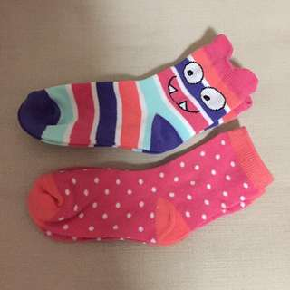SALE 65% Off - 2 pairs $5 BN Authentic Gap kids socks size S  Suit Shoe size US 10-13. Length 15cm