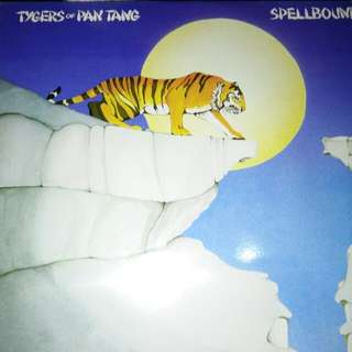 TYGERS OF PAN TANG SPELLBOUND HEQVY METAL ORIGINAL LP