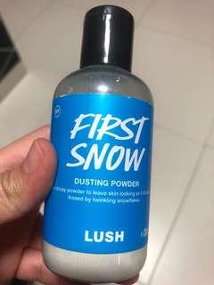 Lush first snow dusting powder