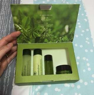 (NEW) Innisfree Green Tea Special Kit