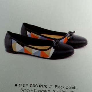 Grc shoes flat