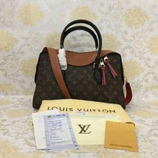 Louis Vuitton Slingbag