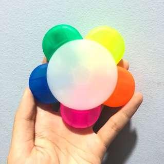 Multi coloured highlighter