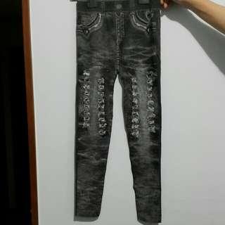 內搭褲,仿牛仔褲花紋樣式,有彈性(全新,未下水)