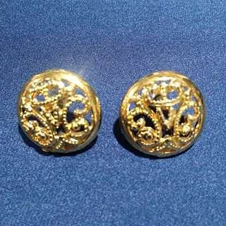 Gold Round Earrings