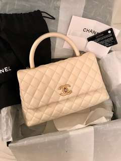Chanel medium Coco handle