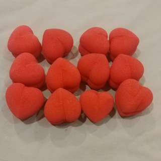FREE GIVING AWAY Heart-shaped heat-free hair rollers