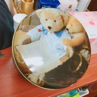 🚚 小熊🐻鐵盒 禮物盒 收納盒