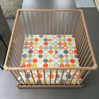 Geuther Baby Bed / Playpen