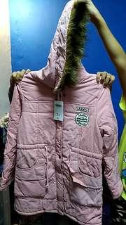 🚚 粉厚外套