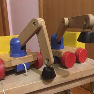 Wooden magnetic toy truck