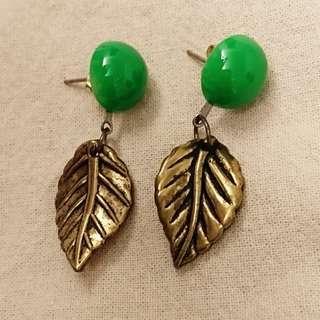 [清私物貼家用] 長輩託賣珍藏壓箱珠寶飾品 玉石耳針式耳環