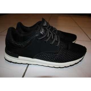 Sepatu Pull & Bear Like New 95%