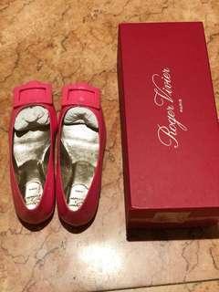 Rv shoes 100% authentic