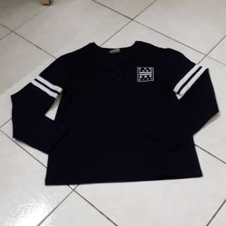 Gamester Boy Long Sleeve T ( size 8-9)