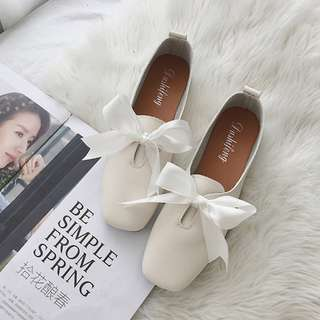 Korean Style Soft Bottom Flats with Ribbon