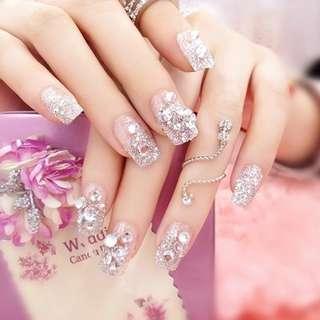 24Pcs Fake Nails Wedding Bride False Nail Tips Shining Rhinestone Fake Nails With Glue