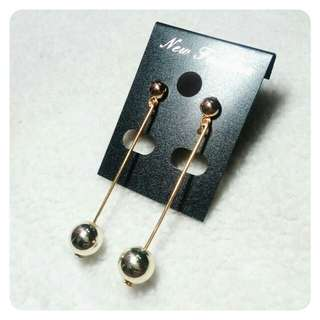 Anting Stud Bola Gold