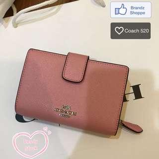 ⭐️⭐️👛100% Original Coach Women Short Wallet @ Dust Pink Color >> Ready Stock!!!