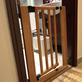 Baby Safe Door Gate 兒童門欄