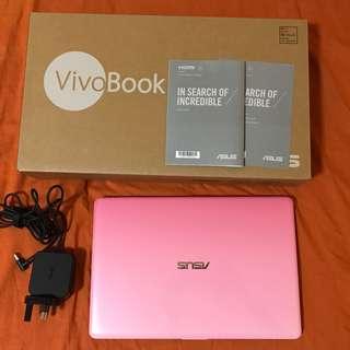 Asus VivoBook E12 E203NA